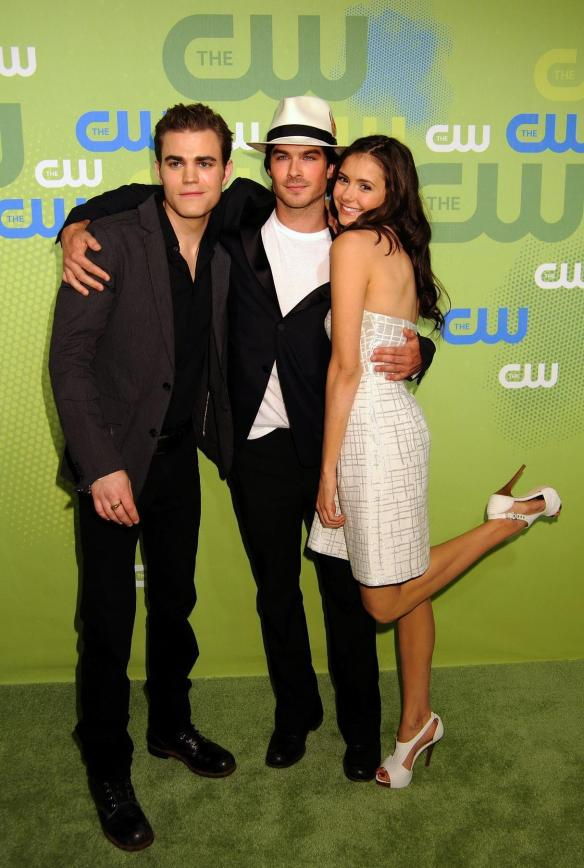 Ian-Nina-ian-somerhalder-and-nina-dobrev-9158574-1215-1806