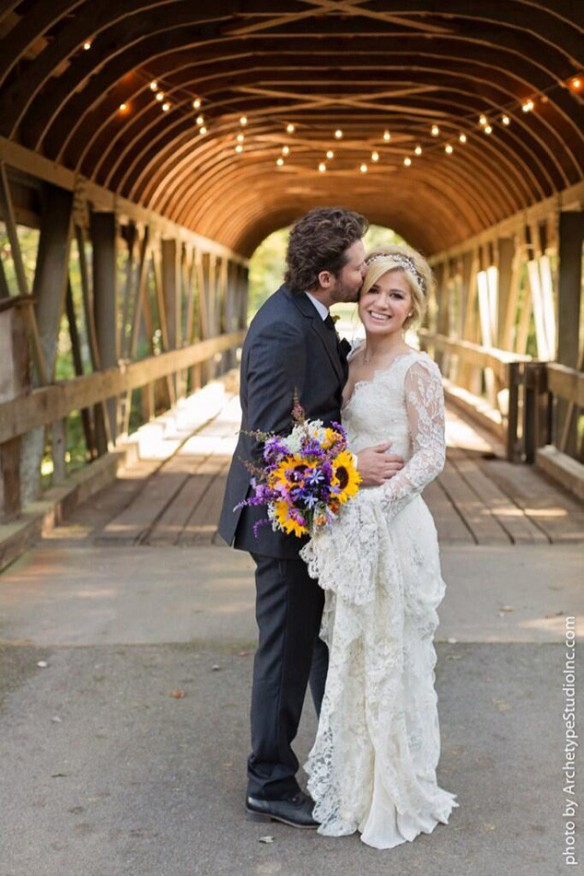 rs_634x951-131021111951-634-3kelly-clarkson-wedding.ls.102113_copy_2